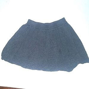 Old Navy Bottoms - Old Navy Skirt Knit Triangles Grey Pattern Juniors